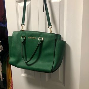 Michael Kors Bags - Green Michael Kors Selma purse